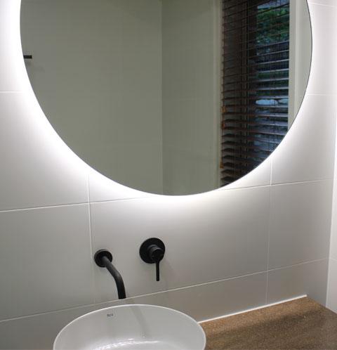 Back-lit LED Mirror Round