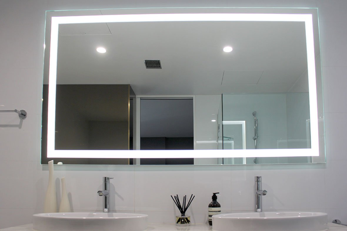 Verge Illuminated Mirror, Size 1800mm by 1000mm High